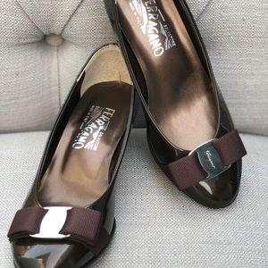 Salvatore Ferragamo classic bow heel shoes